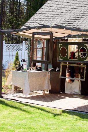 Fun wedding photo booth!